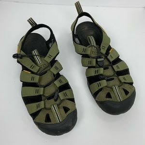 Keen Hiking CNX Mens Olive Sandal Clearwater Sz 9